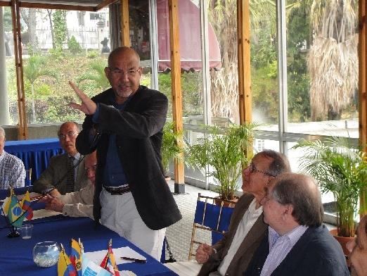 Comenzó estudio de estrategia para innovación de la FIMP-CIV. Ing. Enzo Betancourt  instaló comisión que coordina el Ing. Riad Bujana Saldivia
