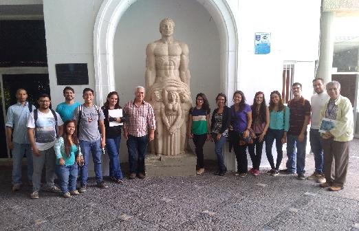 Estudiantes de Arquitectura UCV  en el CIV  Fueron recibidos por presidente del CIAM Ing. Víctor Barrios