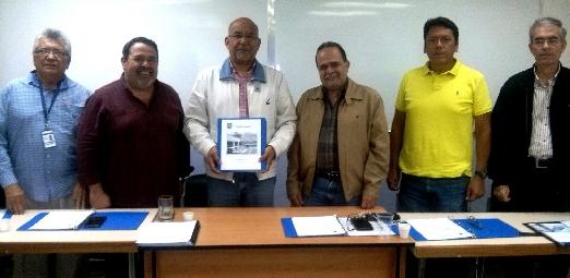 Presidente del CIV Enzo Betancourt  entregó Memoria y Cuenta 2017